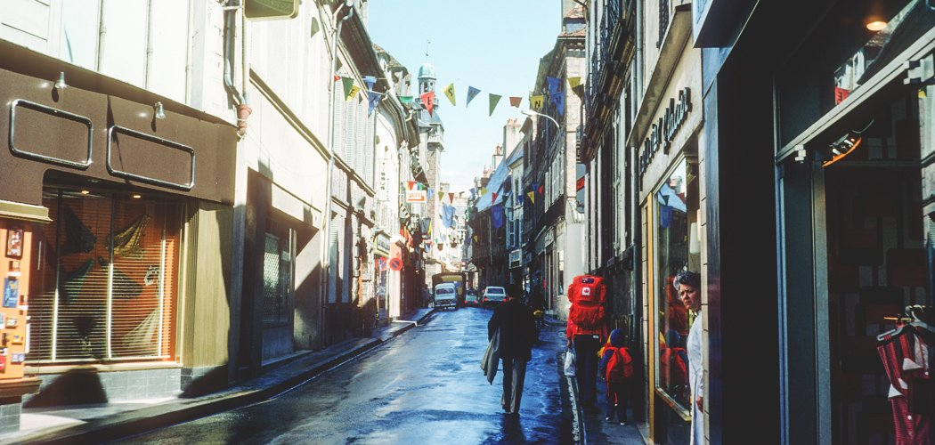 10 things I wish I knew before travelling abroad